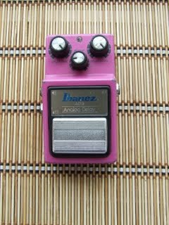 Pedal Ibanez AD-9