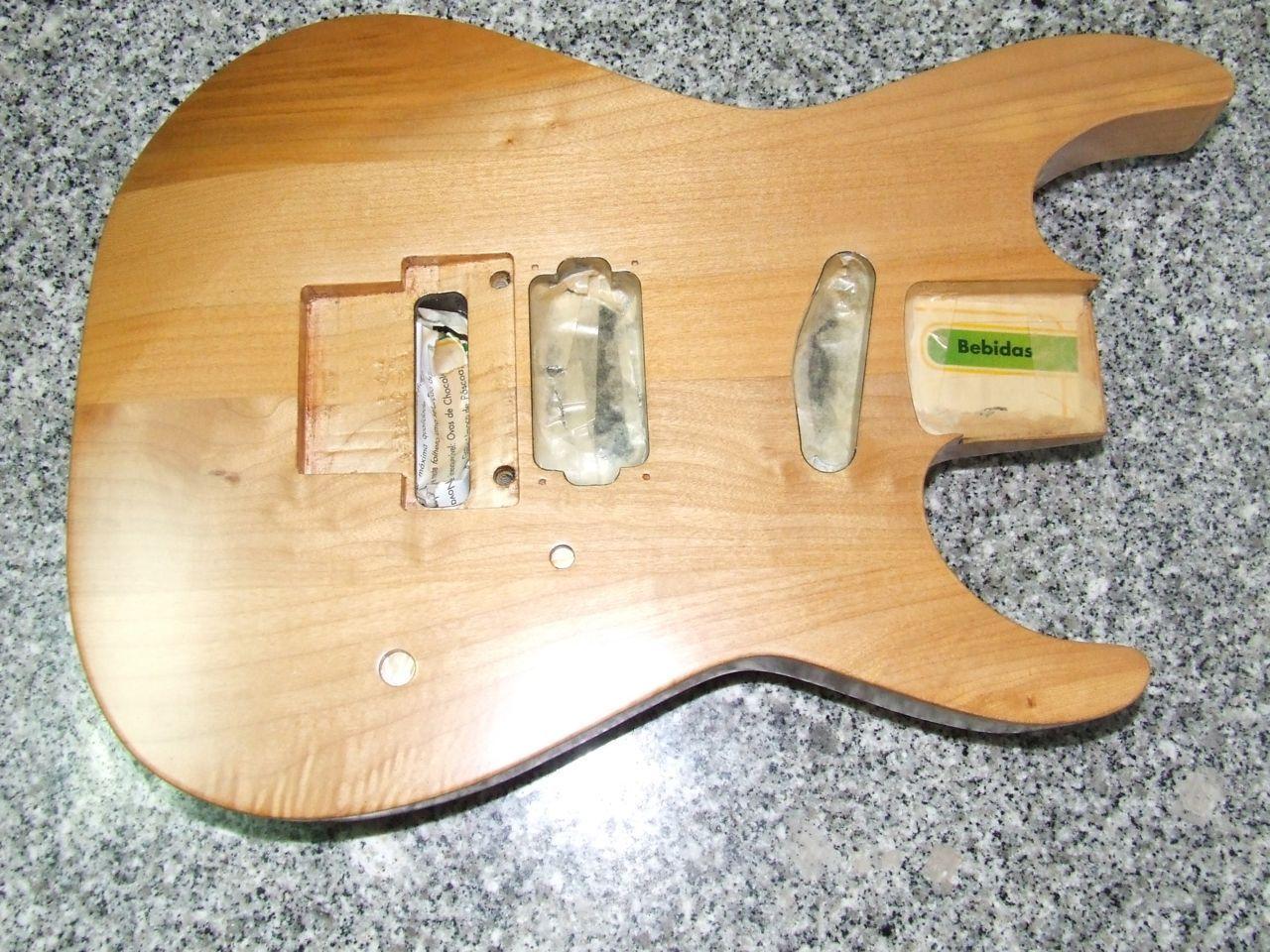 Envernizar guitarra com verniz mate Fratermusic #A47027 1280x960